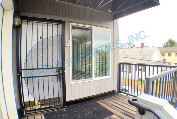 919 Southeast 44th Avenue - 919 Southeast 44th Avenue, Portland, OR 97215