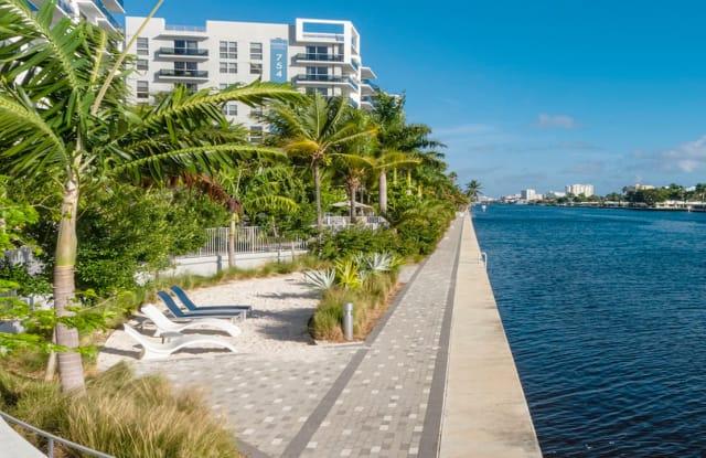 Modera Port Royale - 3333 Port Royale Dr S.,, Fort Lauderdale, FL 33308