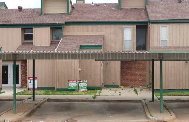7003 SW Green Terrace Blvd. Unit 14 - 7003 Southwest Green Terrace Boulevard, Lawton, OK 73505