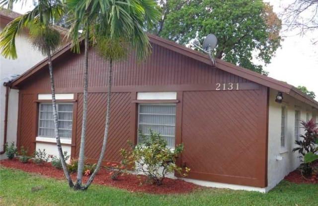 2131 NOVA VILLAGE DR - 2131 Nova Village Drive, Davie, FL 33317