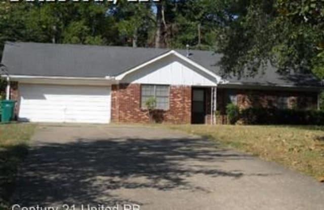 4002 King Richard - 4002 King Richard Circle, Pine Bluff, AR 71603