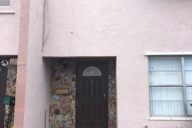 6602 SW 41st St - 6602 Southwest 41st Street, Davie, FL 33314