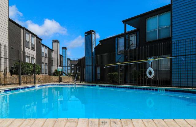 Echo Apartments - 13658 Oconnor Rd, San Antonio, TX 78233