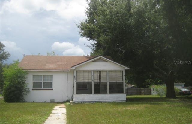 522 Center Street - 522 Center Street, Lake Wales, FL 33853
