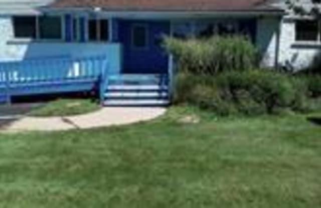 30018 ORCHARD LAKE Road - 30018 Orchard Lake Road, Farmington Hills, MI 48334