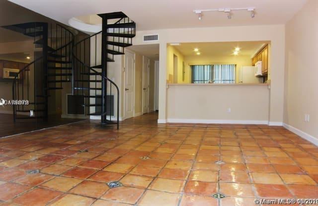 521 NE 38th St - 521 Northeast 38th Street, Miami, FL 33137