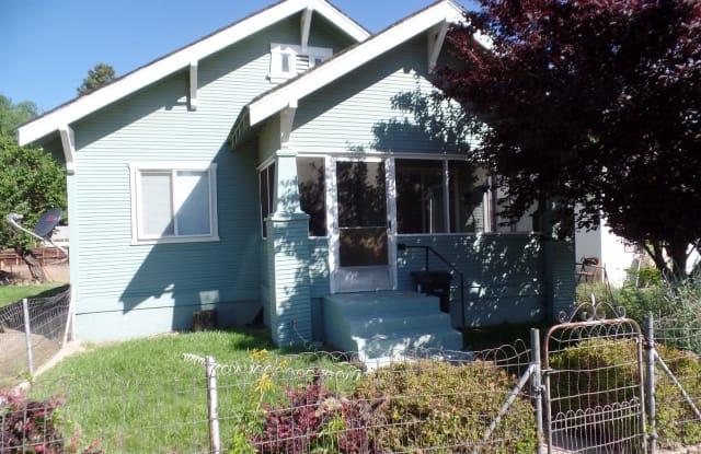 446 Pardee Ave - 446 Pardee Avenue, Susanville, CA 96130