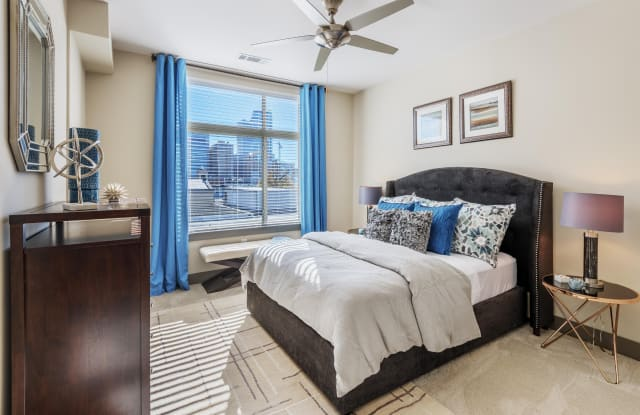 The Mint Apartments - 425 W Trade St, Charlotte, NC 28202