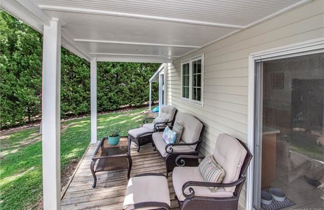 2697 Westview Drive - 2697 Westview Drive, Lake Norman of Catawba, NC 28673