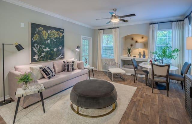 The Evergreens at Mahan - 900 Riggins Rd, Tallahassee, FL 32308