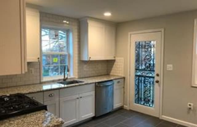 1627 QUARTER AVENUE - 1627 Quarter Avenue, Coral Hills, MD 20743