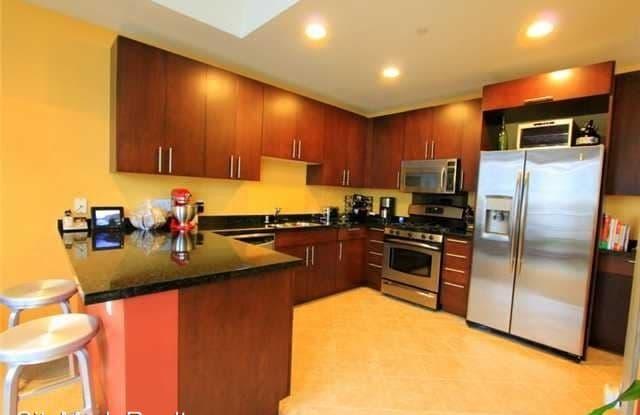 1025 Island Ave #504 - Fahrenheit 504 - 1025 Island Avenue, San Diego, CA 92101