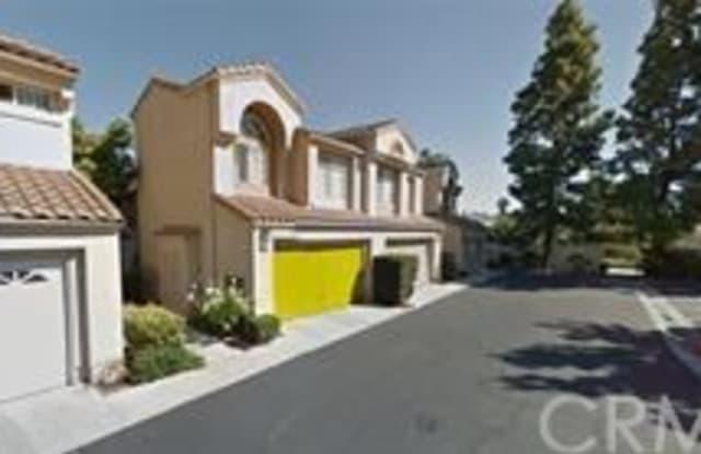 36 Agostino - 36 Agostino, Irvine, CA 92614