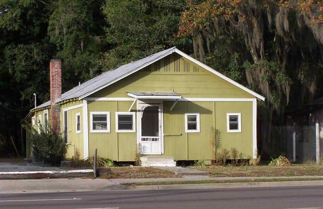 1506 East University Avenue - 1506 E University Ave, Gainesville, FL 32641