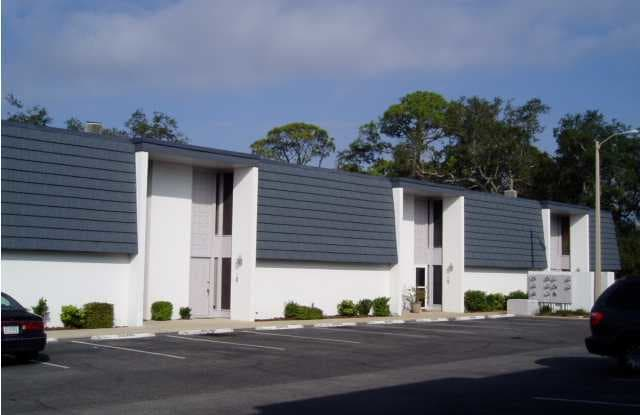4 Miracle Strip Parkway - 4 Miracle Strip Pkwy SW, Fort Walton Beach, FL 32548
