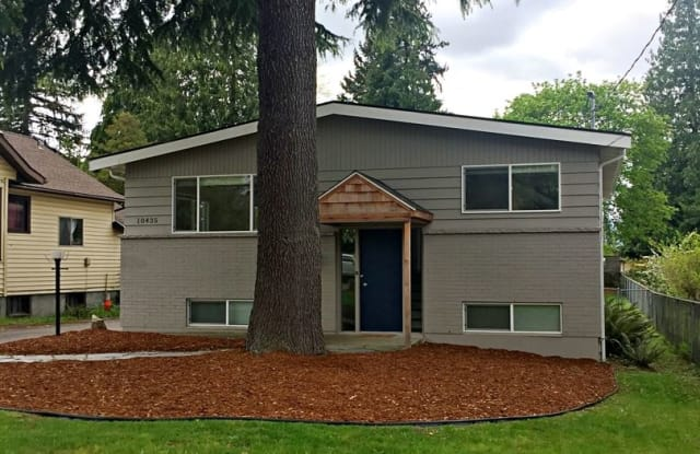 10435 57th Ave S - 10435 57th Avenue South, Seattle, WA 98178