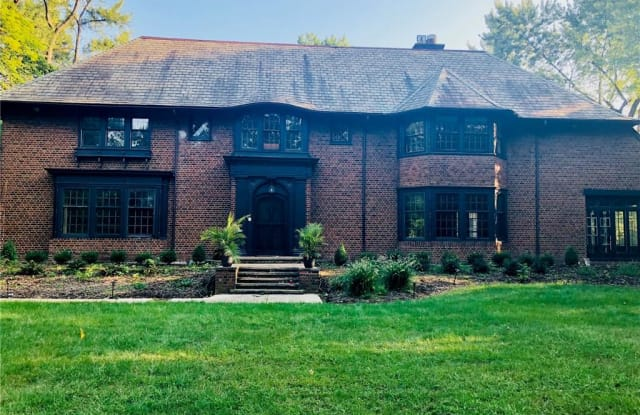 16600 South Park Blvd - 16600 South Park Boulevard, Shaker Heights, OH 44120