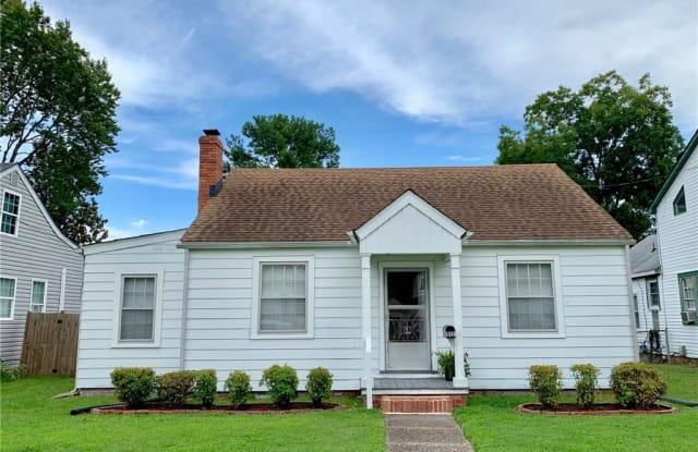 517 Newport News Avenue - 517 Newport News Avenue, Hampton, VA 23669