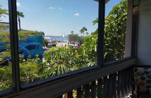 3120 Beach Blvd S, #6 - 3120 Beach Boulevard South, Gulfport, FL 33707