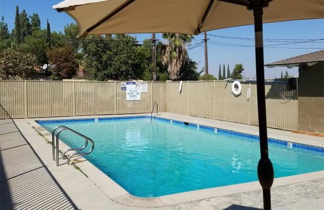 4606 Columbus St - 4606 Columbus Street, Bakersfield, CA 93306