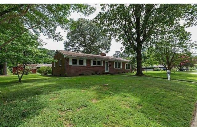 12 Ivy Farms Road - 12 Ivy Farms Road, Newport News, VA 23601
