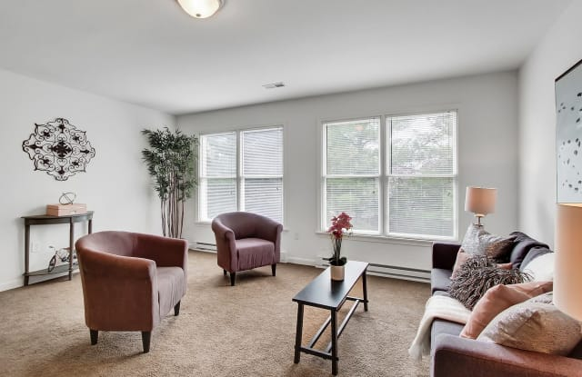 Parkview Place Apartments - 507 Lynnehaven Dr, Hagerstown, MD 21742