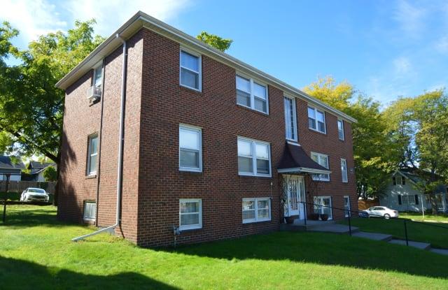 St. Clair Apartments - 1994 Saint Clair Avenue, St. Paul, MN 55105