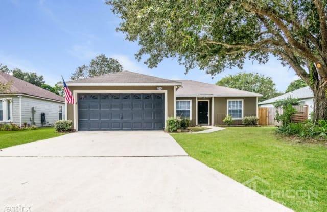 1582 Marble Lake Drive - 1582 Marble Lake Drive, Jacksonville, FL 32221