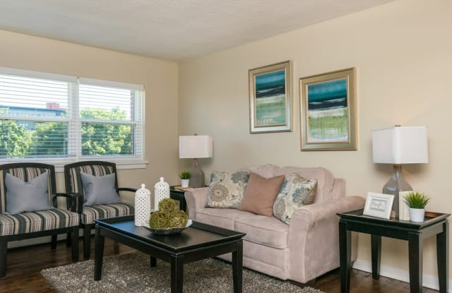 Minikahda Court Apartments - 3504 Minikahda Ct, St. Louis Park, MN 55416
