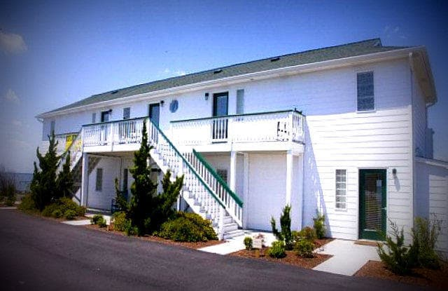 2306 Emerald Drive - 2306 Emerald Drive, Emerald Isle, NC 28594