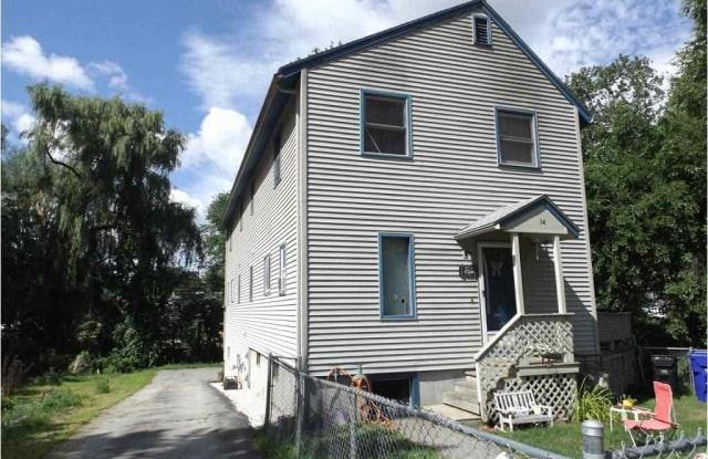 14 Newland Avenue - 14 Newland Avenue, Hudson, NH 03051