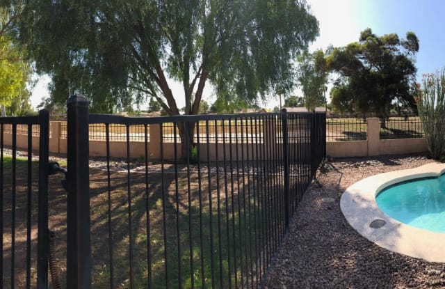 10122 W TURNEY Avenue - 10122 West Turney Avenue, Phoenix, AZ 85037
