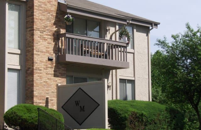 Waterford Manors - 724 Overlook Circle Dr, Valley Park, MO 63021