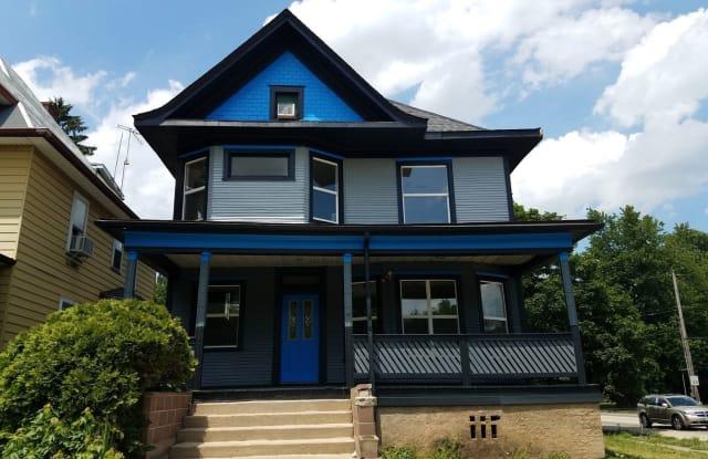 1301 W Columbia Terrace - 1301 West Columbia Terrace, Peoria, IL 61606