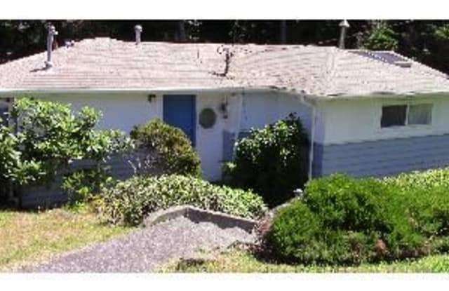 2340 Nw Jetty Ave - 2340 Northwest Jetty Avenue, Lincoln City, OR 97367