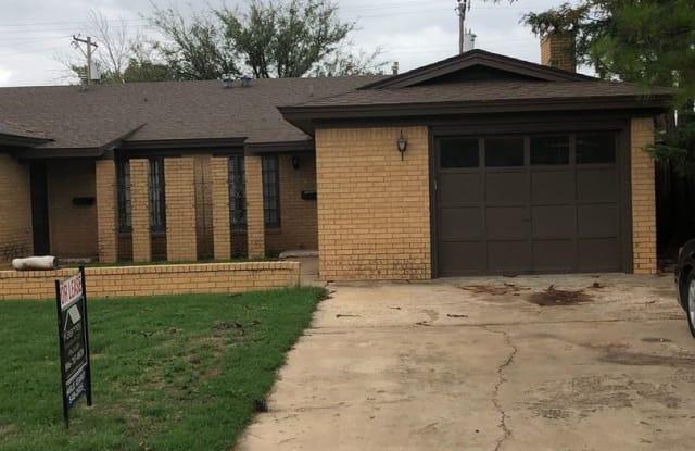 5111-B 13th Street - 5111 13th St, Lubbock, TX 79416