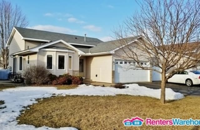 2141 Thistle Way - 2141 Thistle Way, Hudson, WI 54016