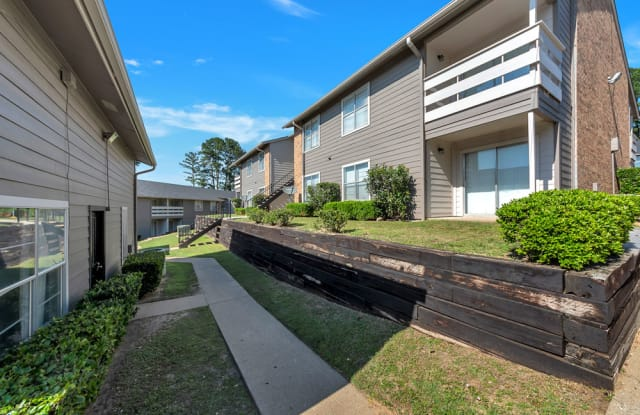 Summit Apartments - 2100 State Hwy 31 E, Athens, TX 75751