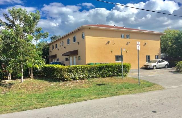 306 NE 166th St - 306 Northeast 166th Street, Golden Glades, FL 33162