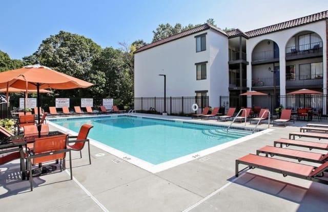 The Magnolia Apartments - 1173 Pompeii Dr, Chesterfield, MO 63017