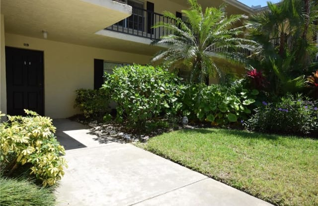 7041 W COUNTRY CLUB DRIVE N - 7041 West Country Club Drive North, Manatee County, FL 34243