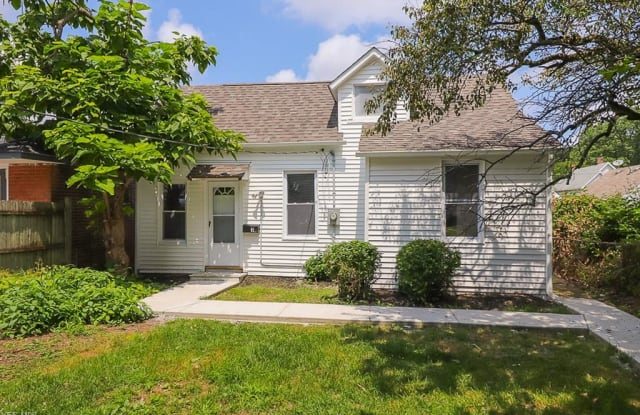 4316 1/2 Clybourne Ave - 4316 1/2 Clybourne Ave, Cleveland, OH 44109