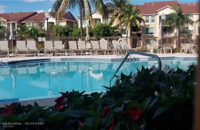 1021 Villa Ln - 1021 Villa Ln, Boynton Beach, FL 33435