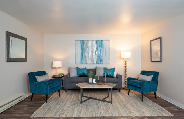 Kings Meadow Apartments - 2079 Southwest 257th Avenue, Troutdale, OR 97060