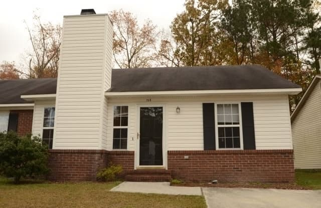 156 Brenda Drive - 156 Brenda Drive, Jacksonville, NC 28546