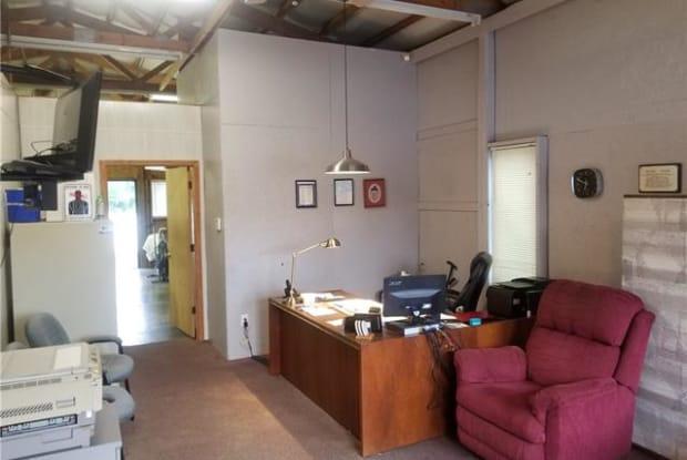 800 S Salisbury Avenue - 800 South Salisbury Ave, Granite Quarry, NC 28146