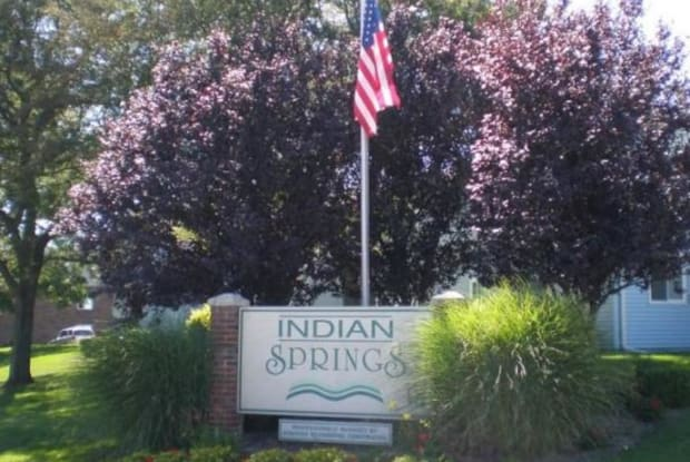 Indian Springs - 3609 Bow Ct, South Bend, IN 46628