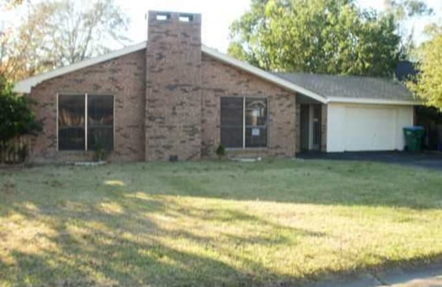 111 Whispering Pines Drive - 111 Whispering Pine Drive, Gulfport, MS 39503