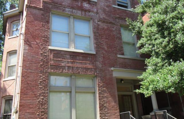 1110 S 1st St - 1110 South 1st Street, Louisville, KY 40203
