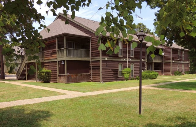 Seasons Apartments - 9100 Walker Rd, Shreveport, LA 71118